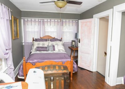Upstairs Bedroom | The Cottage at La Bella Casa