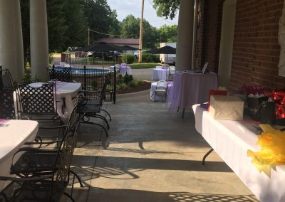 Gift Table and Registry Set Up | Outdoor Event